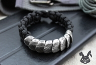 handcrafted-silver-scale-paracord-bracelet5
